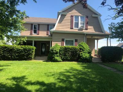Jasper County Single Family Home For Sale: 1673 E 13th Street