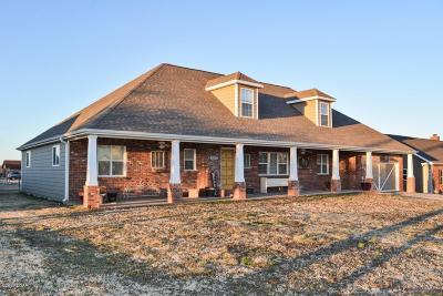 Jasper County Single Family Home For Sale: 2003 E 17th Street