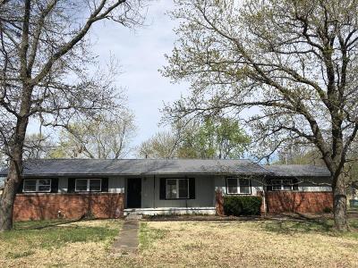 Jasper County Single Family Home For Sale: 204 N Arlington Drive