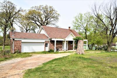 McDonald County Single Family Home For Sale: 417 W Cherokee Street