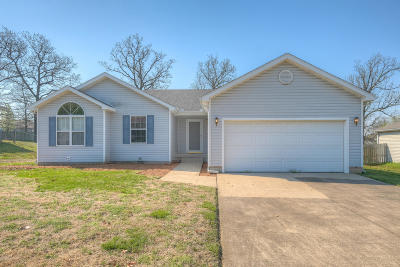 Jasper County Single Family Home For Sale: 4222 W 26th Place