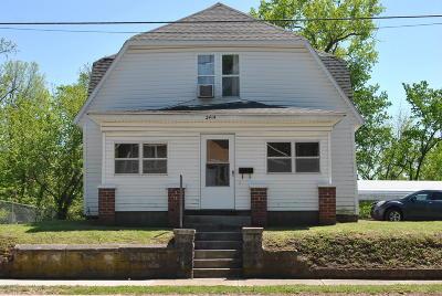 Jasper County Single Family Home For Sale: 2414 W 4th Street