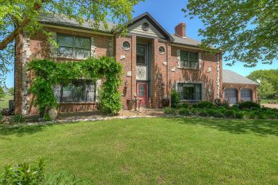 Newton County Single Family Home For Sale: 5305 Walnut Drive