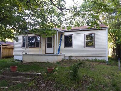 McDonald County Single Family Home For Sale: 410 2nd Street