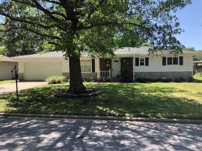 Joplin MO Single Family Home For Sale: $107,500