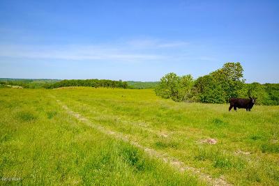 Farm & Ranch For Sale: 14973 Farm Road 2110