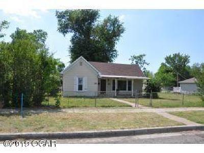 Jasper County Single Family Home For Sale: 2124 S Porter Avenue
