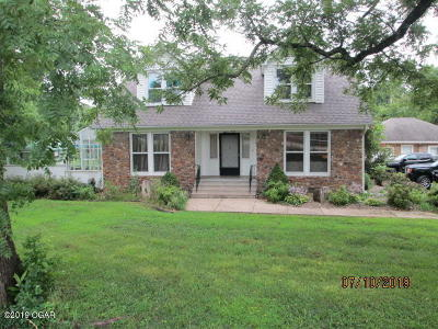 Neosho MO Single Family Home For Sale: $239,000
