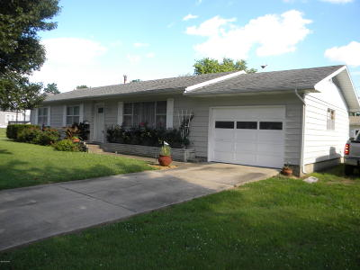 Jasper County Single Family Home For Sale: 512 W Fairview