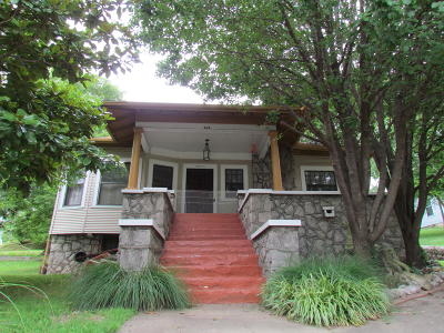 Newton County Single Family Home For Sale: 505 S Jefferson