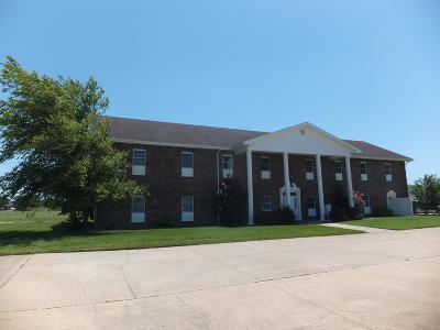 Barry County, Barton County, Dade County, Greene County, Jasper County, Lawrence County, McDonald County, Newton County, Stone County Commercial For Sale: 2530 Grand Avenue