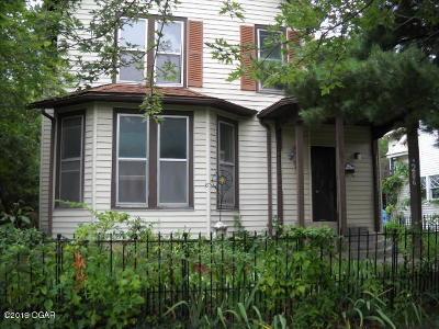 Jasper County Single Family Home For Sale: 206 N Sergeant Avenue