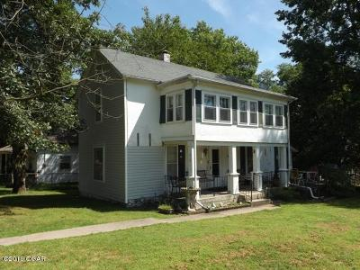 Newton County Single Family Home For Sale: 612 N Center Street
