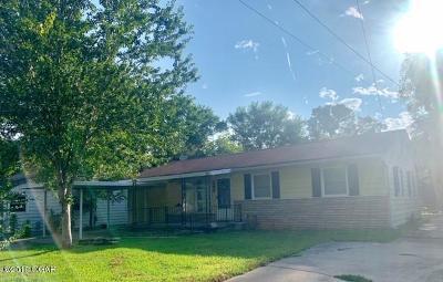 Neosho Single Family Home For Sale: 245 White Avenue