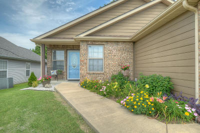 Jasper County Single Family Home For Sale: 123 N Cleveland