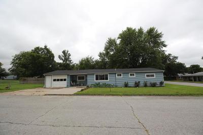 Jasper County Single Family Home For Sale: 624 W Wood