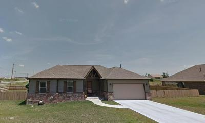 Jasper County Single Family Home Active With Contingencies: 2013 Texas Avenue
