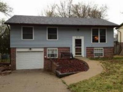 Single Family Home For Sale: 5113 Bagnall Dr