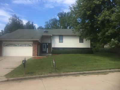 Single Family Home For Sale: 4908 Woodhaven Drive