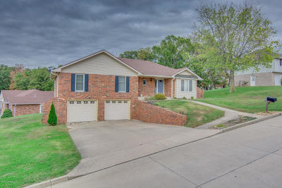 Single Family Home For Sale: 3608 Mall Ridge Street