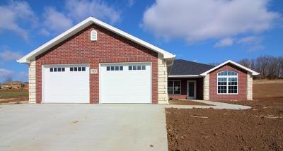 Single Family Home For Sale: 4624 Tanman Court