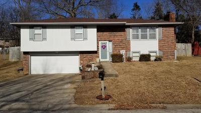 Jefferson City MO Single Family Home Sold: $124,900