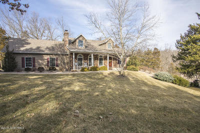 Single Family Home For Sale: 11955 Valley Lane