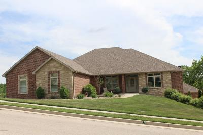 Single Family Home For Sale: 3711 Taylors Ridge Court