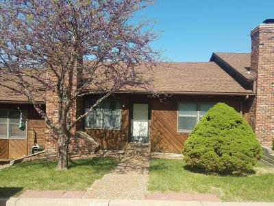 Single Family Home For Sale: 641 Oak Creek Court