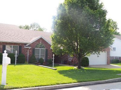 Jefferson City Single Family Home For Sale: 910 Manassas Place