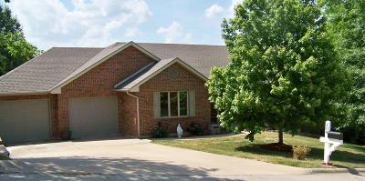 Jefferson City Single Family Home For Sale: 104 Monterey Drive