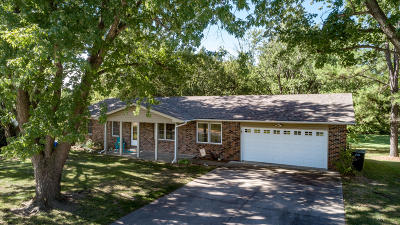 Fulton Single Family Home For Sale: 1913 Lakeview Drive