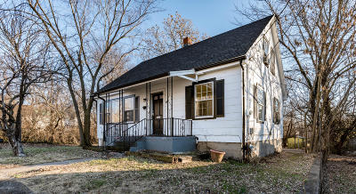 Fulton Single Family Home For Sale: 210 NW Street