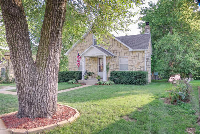 Jefferson City Single Family Home For Sale: 2618 St Louis Road