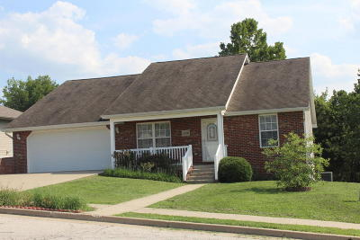 Ashland, Columbia, Hartsburg, Fulton, Holts Summit, New Bloomfield, Centertown, Eugene, Jefferson City, Russellville, Wardsville Single Family Home For Sale: 1516 Lahacienda Court