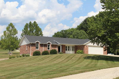 Ashland, Columbia, Hartsburg, Fulton, Holts Summit, New Bloomfield, Centertown, Eugene, Jefferson City, Russellville, Wardsville Single Family Home For Sale: 1422 Holzem Lane