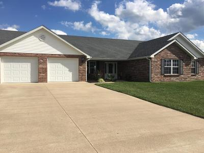 Holts Summit MO Single Family Home For Sale: $209,000