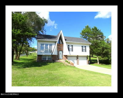 Jefferson City Single Family Home For Sale: 4912 Rainbow Hills Road