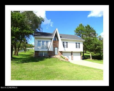 Jefferson City MO Single Family Home For Sale: $139,900