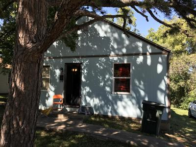 Single Family Home For Sale: 211 Tyler Street