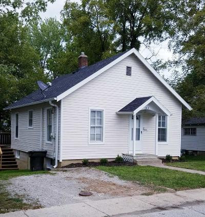 Single Family Home For Sale: 303 W Chestnut Street