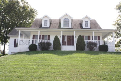 Jefferson City Single Family Home For Sale: 4805 Woods Crossing Road