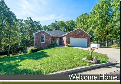 Jefferson City Single Family Home For Sale: 3515 S Rock Beacon Court