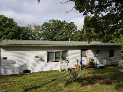 Jefferson City Single Family Home For Sale: 3228 Cedar Bend Road