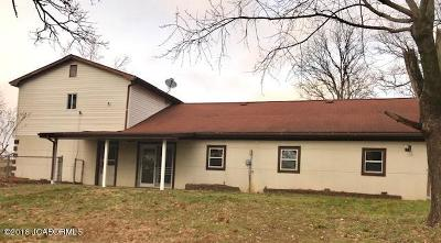 Single Family Home For Sale: 4125 Hwy 63