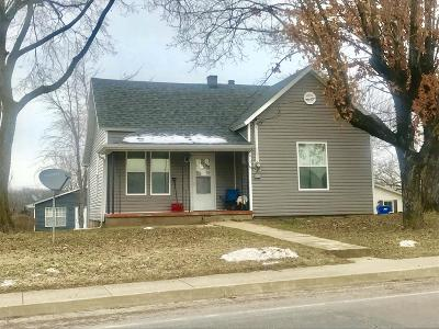 Single Family Home For Sale: 815 E Main Street