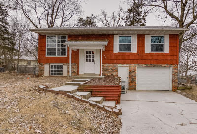 Jefferson City Single Family Home For Sale: 5104 Woodway Drive