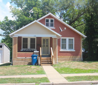 Jefferson City Single Family Home For Sale: 316 W Ashley Street