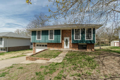 Jefferson City Single Family Home For Sale: 5124 Shady Lane