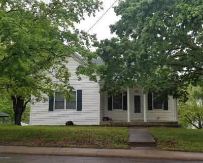 Linn Single Family Home For Sale: 908 E Main Street